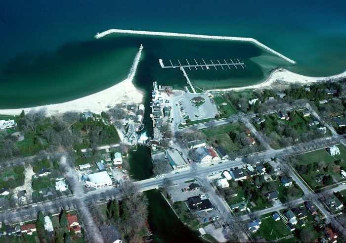 Leland was named as one of michigan 39 s coolest small towns for Fish town usa