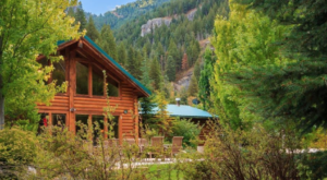 You'll Love The Picturesque Setting At This Enchanting Utah Inn