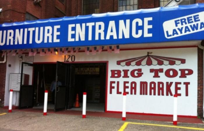 Big Flea Market In Rhode Island
