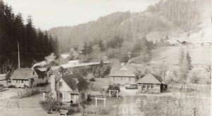 There's A Living Ghost Town In Oregon And Its Story Will Fascinate You