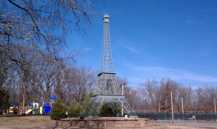 http://www.onlyinyourstate.com/tennessee/eiffel-tower-tn/