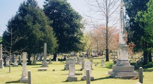 These 9 Haunted Cemeteries In Alabama Are Not For The Faint Of Heart