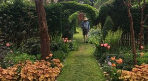 The Secret Garden In Rhode Island You're Guaranteed To Love