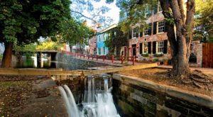 You'll Never Run Out Of Things To Do In This Charming Neighborhood In Washington DC