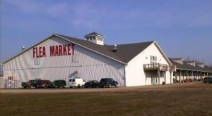 10 Amazing Flea Markets In Indiana You Absolutely Have To Visit