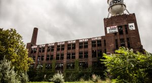These 7 Abandoned Places In Cleveland Are Absolutely Haunting