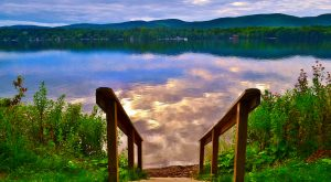 The Sapphire Lake In Massachusetts That's Devastatingly Gorgeous