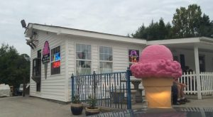 The Tiny Shop In North Carolina That Serves Homemade Ice Cream To Die For