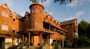 The Gorgeous Oregon Coast Inn That Will Make You Feel Like Royalty