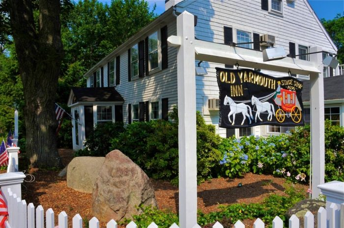 These 10 Amazing Massachusetts Restaurants Are Loaded With Local History