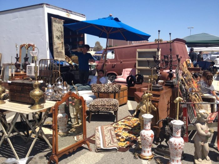 Long Beach Antique Market Veterans Stadium At 4901 E Conant St In