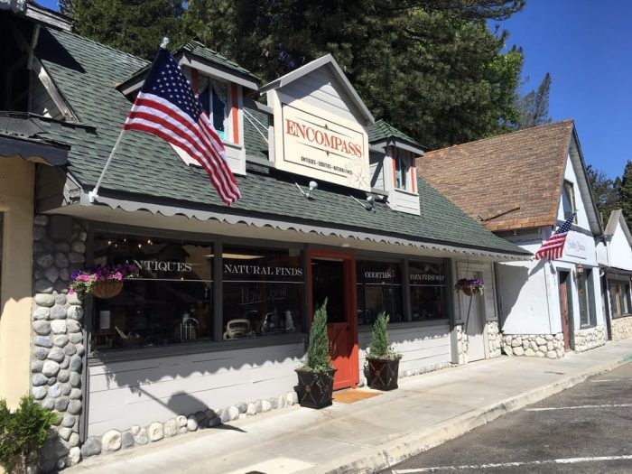 Take this road trip through southern california 39 s most for Small towns in southern california