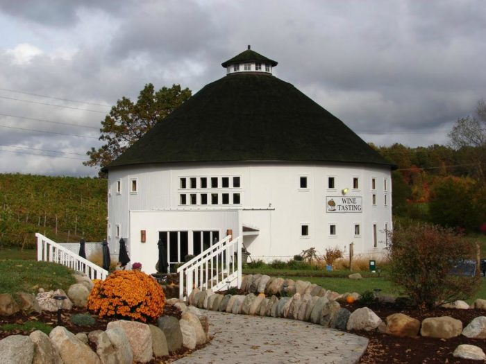 Round Barn Winery In Michigan A Fabulous Place To Visit