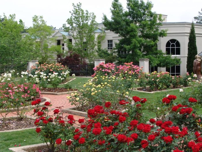 11 best places in alabama to visit this spring for Birmingham botanical gardens birmingham al