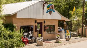 The Iconic Shop In New Mexico That Serves Homemade Ice Cream To Die For