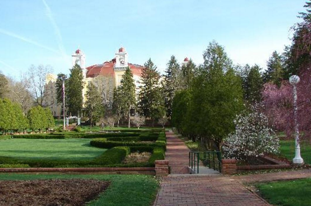 You Have to Visit The Unique West Baden Springs Hotel In ...