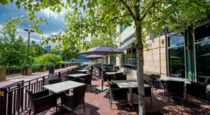 8 Pittsburgh Restaurants With The Most Amazing Outdoor Patios You'll Love To Lounge On