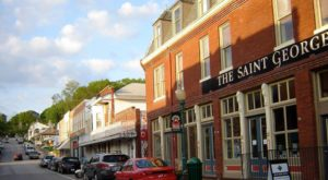 The Small Town In Missouri That's One Of The Coolest In The U.S.