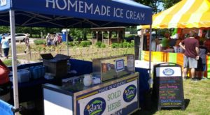 The Tiny Shop In Vermont That Serves Homemade Ice Cream To Die For