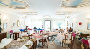 Step Back In Time With A Visit To This Charming Tearoom In Virginia