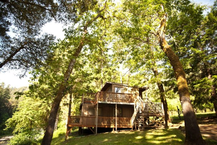 The Gorgeous Lodge In Oregon That S So Secluded You Can