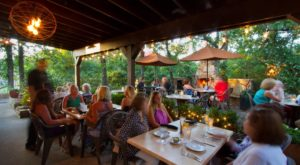 13 South Carolina Restaurants With The Most Amazing Outdoor Patios You'll Love To Lounge On