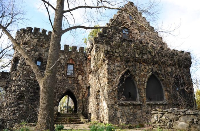 This Epic New York Castle Is Hosting An Estate Sale And Youll Want