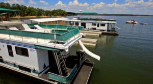 You'll Never Forget Your Stay At These Little Known Houseboats In Arkansas