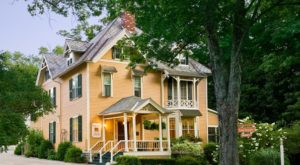 10 Little Known Inns In Massachusetts That Offer An Unforgettable Overnight Stay