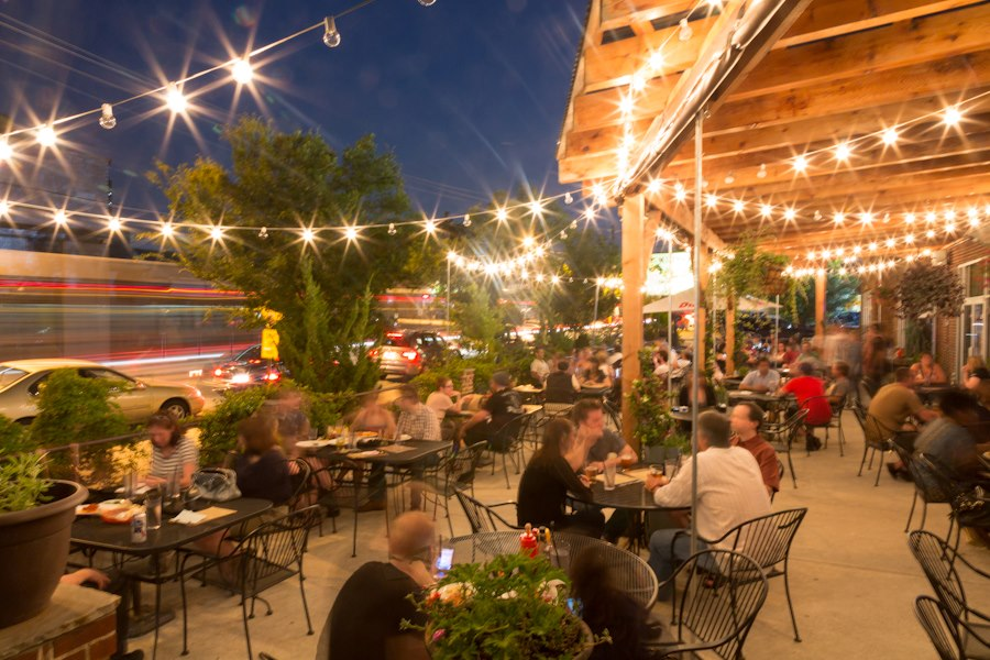 12 Georgia Restaurants With The Most Amazing Outdoor Patios You 39 Ll Love To Lounge On