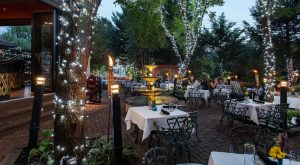 10 Pennsylvania Restaurants With The Most Amazing Outdoor Patios You'll Love To Lounge On