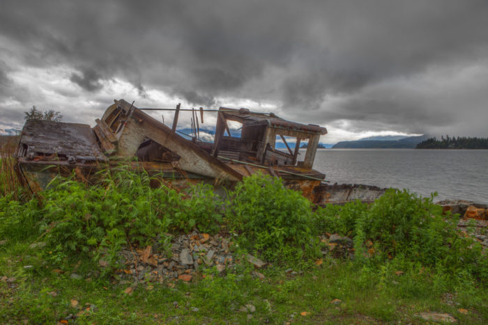 Abandoned Places in Idaho: Lake Pend Oreille Shipwreck Ruins