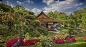 The Enchanted Garden Hiding In Pennsylvania You'll Want To Visit This Spring