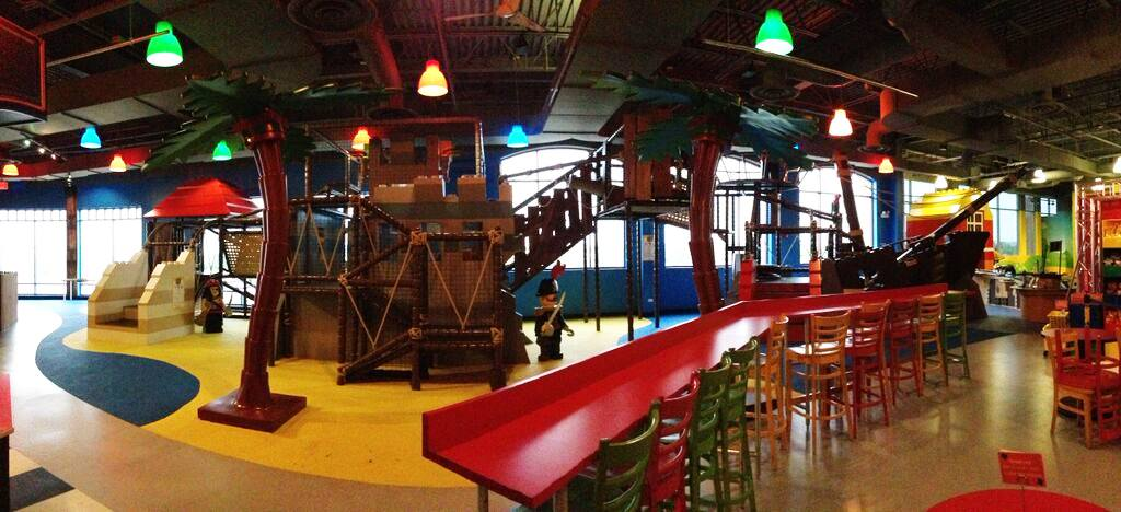 legoland discovery center is the best indoor playground in