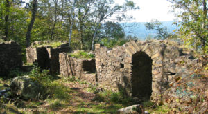 These 5 Trails In Massachusetts Will Lead You To Extraordinary Ancient Ruins