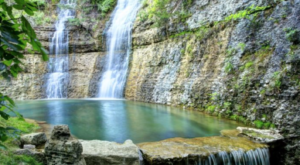 The 11 Places You Absolutely Must Visit In Missouri This Spring
