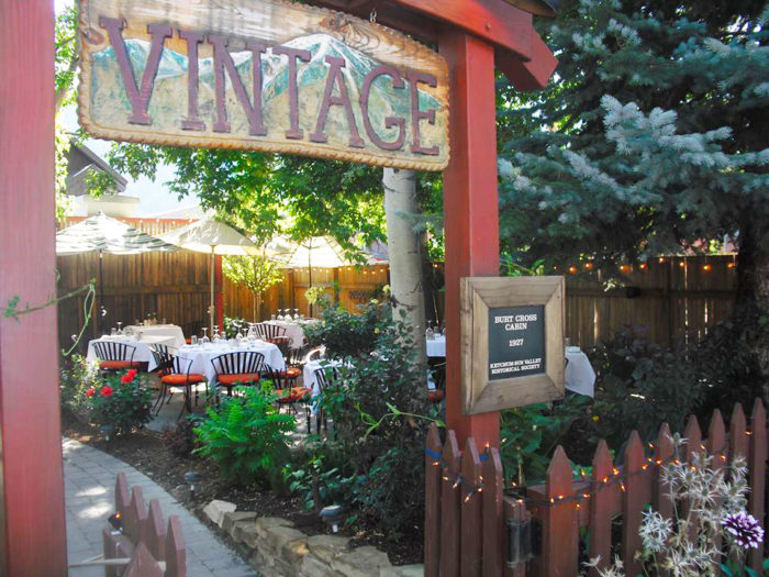 7 Idaho Restaurants With Amazing Outdoor Patios