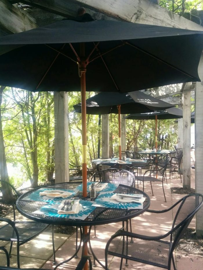 The Best  Restaurants In New Hampshire For Outdoor Dining