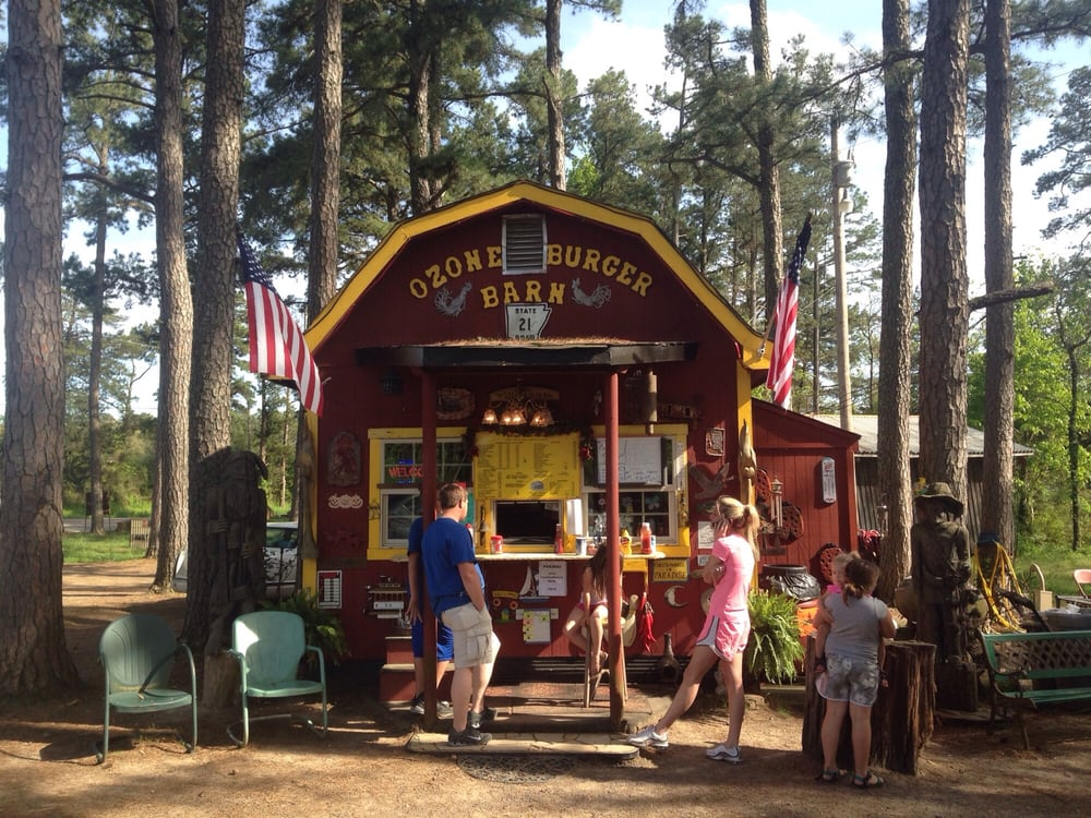 Ozone Burger Barn Is Hiding In An Arkansas Forest And You