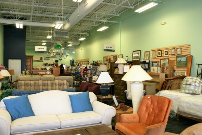 Best Thrift Stores In Illinois Where Youll Find The Best Deals