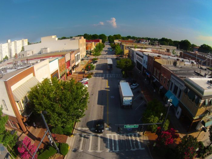 The Small Town In Alabama That's One Of The Coolest In The ...