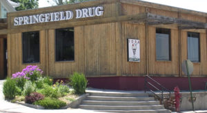 The Small Town Drugstore In Nebraska That's One Of The Last Of Its Kind