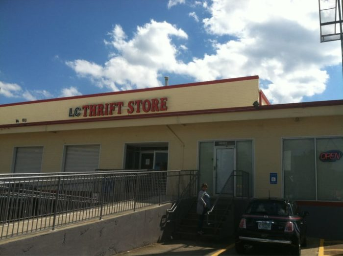 Furniture Stores In Decatur Ga last chance thrift store 2525 n decatur rd decatur ga 30033