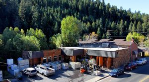 The Remote Winery In Denver That's Picture Perfect For A Day Trip