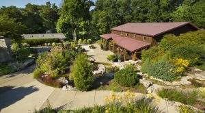 The Remote Winery In Indiana That's Picture Perfect For A Day Trip
