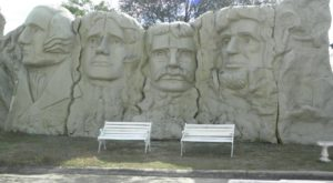 Most People Don't Know There's A Little Mount Rushmore In Florida