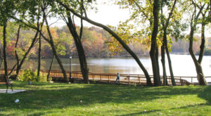 9 Gorgeous Lakes To Visit Around Cleveland This Summer