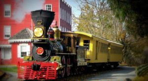 Journey Back In Time Aboard This Old-Fashioned Steam Train In Pennsylvania