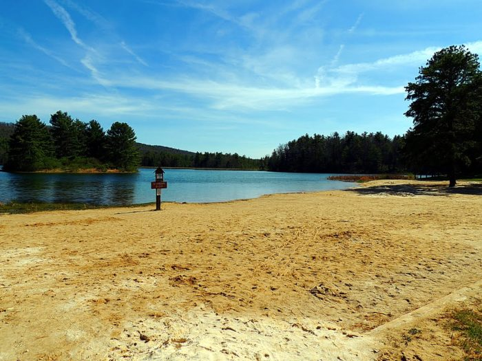 Lake Sherwood In West Virginia Belongs In A Fairy Tale