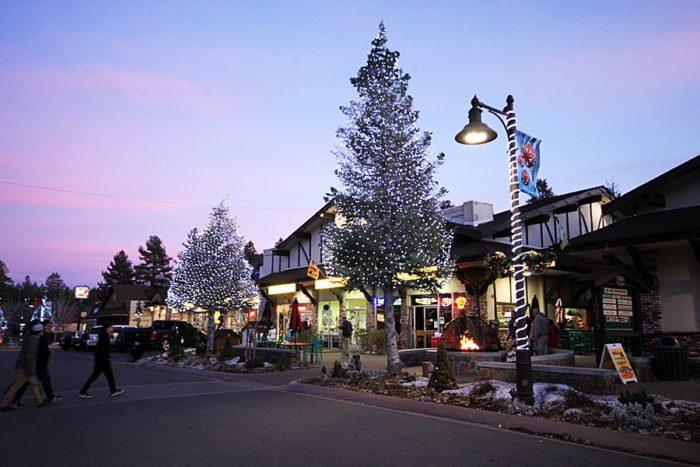 Outdoor Christmas Displays